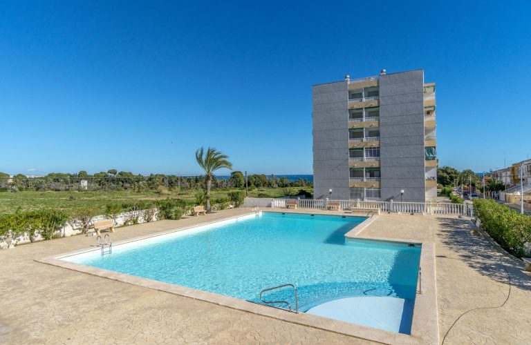 3276-South-facing-apartment-in-Rocio-del-Mar-Torrevieja-00[1]